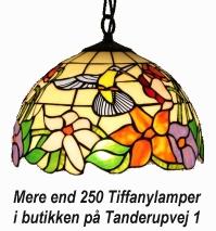 Mere end 250 Tiffany lamper i butikken